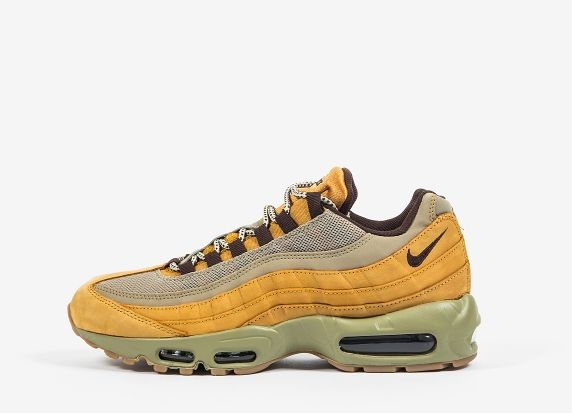 The <B>Nike Air Max Premium 'Bronze Pack'</b> features the colourway formerly known as 'Wheat'. The shoes are constructed from premium nubuck leather uppers on top of putty shade midsoles and contrasting laces. <br/>