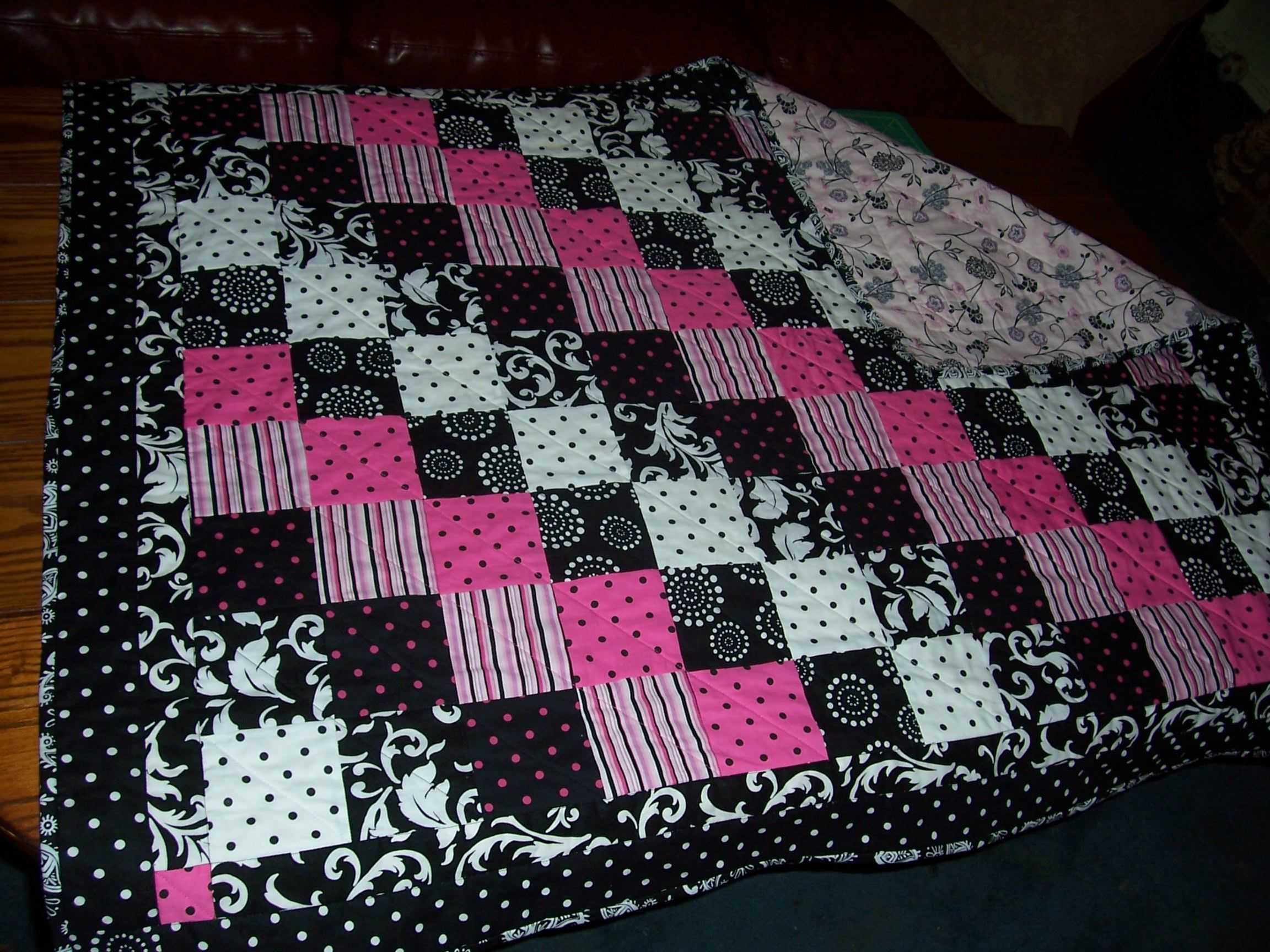 black blossom block the houndstooth heart tutorial bee quilt hive quilts