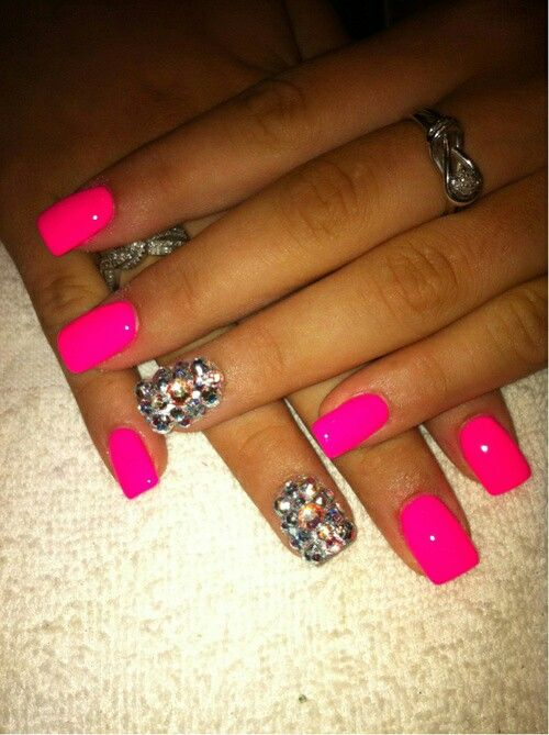 Toe nail designs - http://yournailart.com/toe-nail-designs/ - #nails #nail_art #nails_design #nail_ ideas #nail_polish #ideas #beauty #cute #love