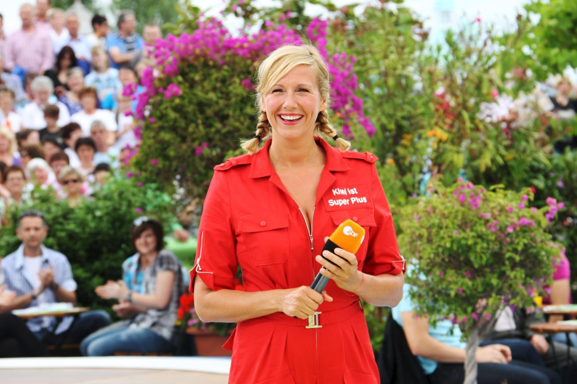 Sonniges Fuerteventura Erste Bilder Vom Fernsehgarten On Tour Schlagerfieber De Zdf Fernsehgarten Andreas Maite Kelly