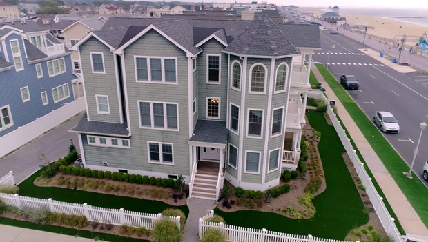 N J Couple Searching For Jersey Shore Home To Appear On New Reality Real Estate Show Jersey Shore Real Estate Vacation Home