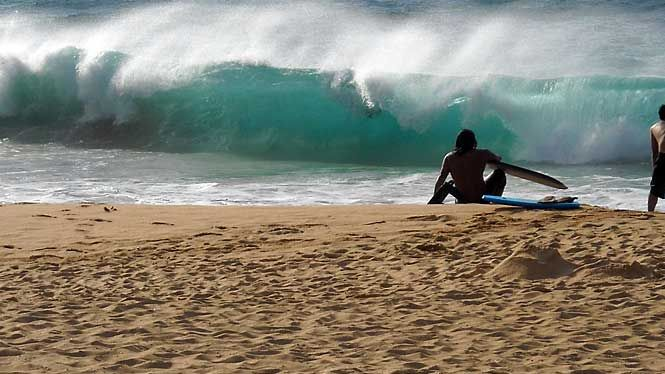Sandy Beach Park Oahu Is The Perfect For Body Boarding And Surfing