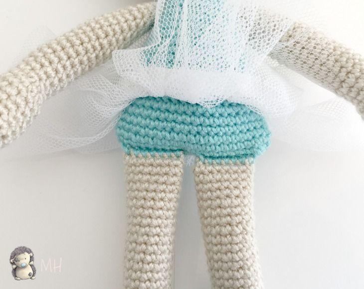 Gatita amigurumi al estilo de las antiguas muñecas de trapo, con ...