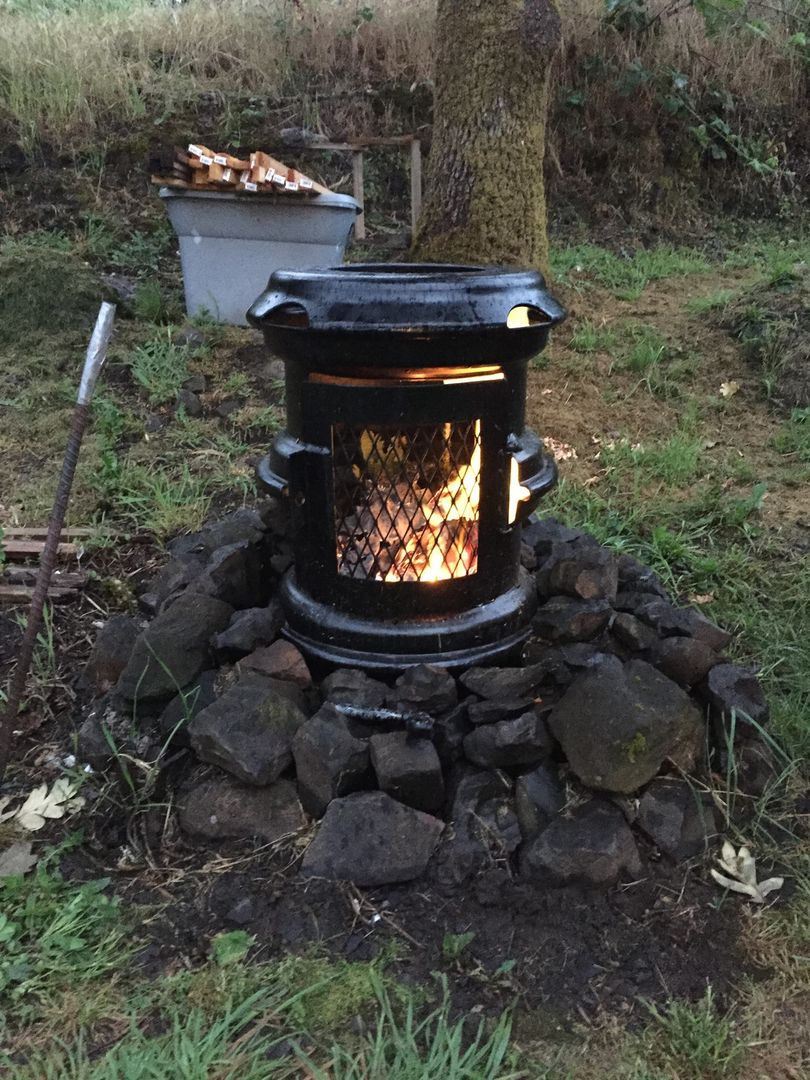 """17"""" wheel fire pit stove with hinged door 