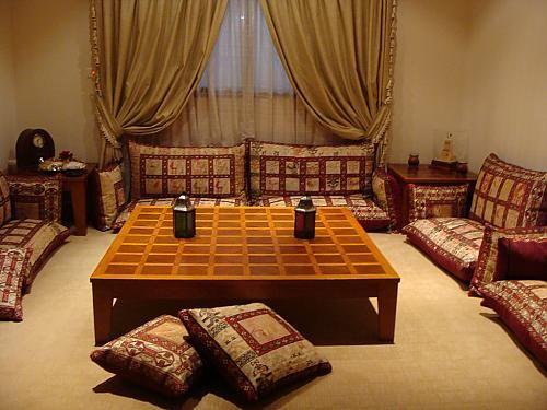 صور جلسات ارضية روعة احلى بنات Living Room Decor Outdoor Bed Furniture