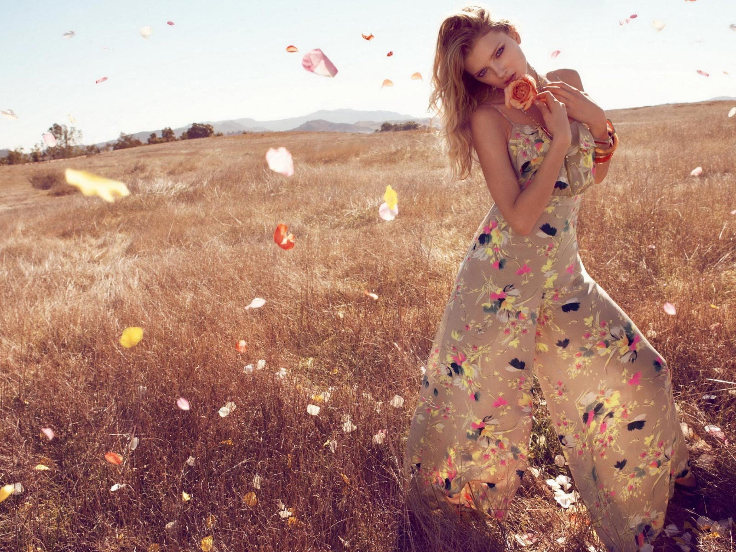 blondes-women-nature-model-photography.jpg (2560×1920)