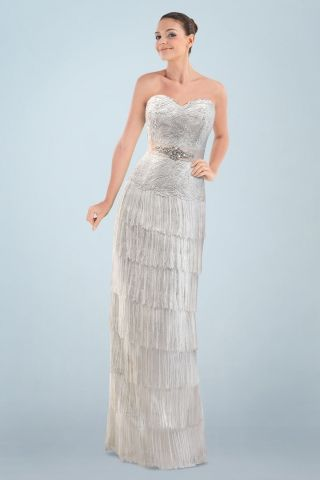 Fashionable Sweetheart Neckline Column Bridal Gown with Appliques and Tiered Tassel Design