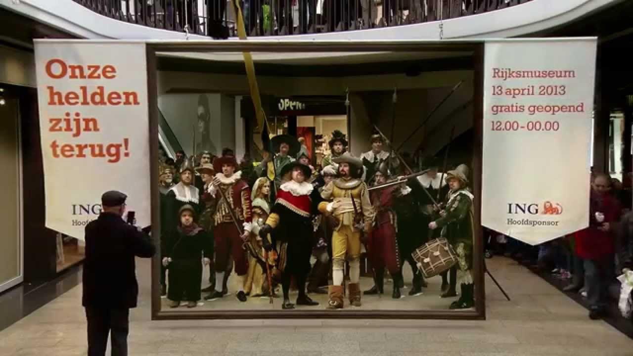 Museo Rijksmuseum De Holanda Large Scale Art Flash Mob Rembrandt