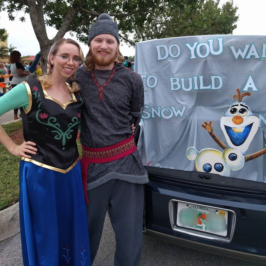 Trunk or treat? Frozen Halloween trunkortreat