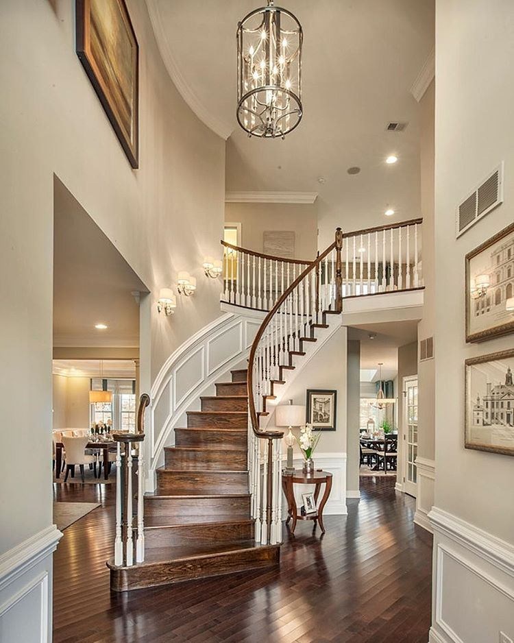 Welcoming Foyer Paint Color : Let s start with this gorgeous foyer by toll brothers