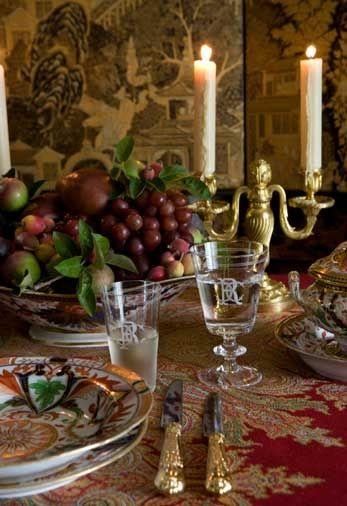 Carolyne Roehm, table setting.