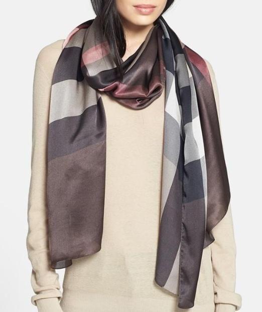 Chocolate Check Burberry Scarf   Clothes   Pinterest   Foulard en ... 335775141b7