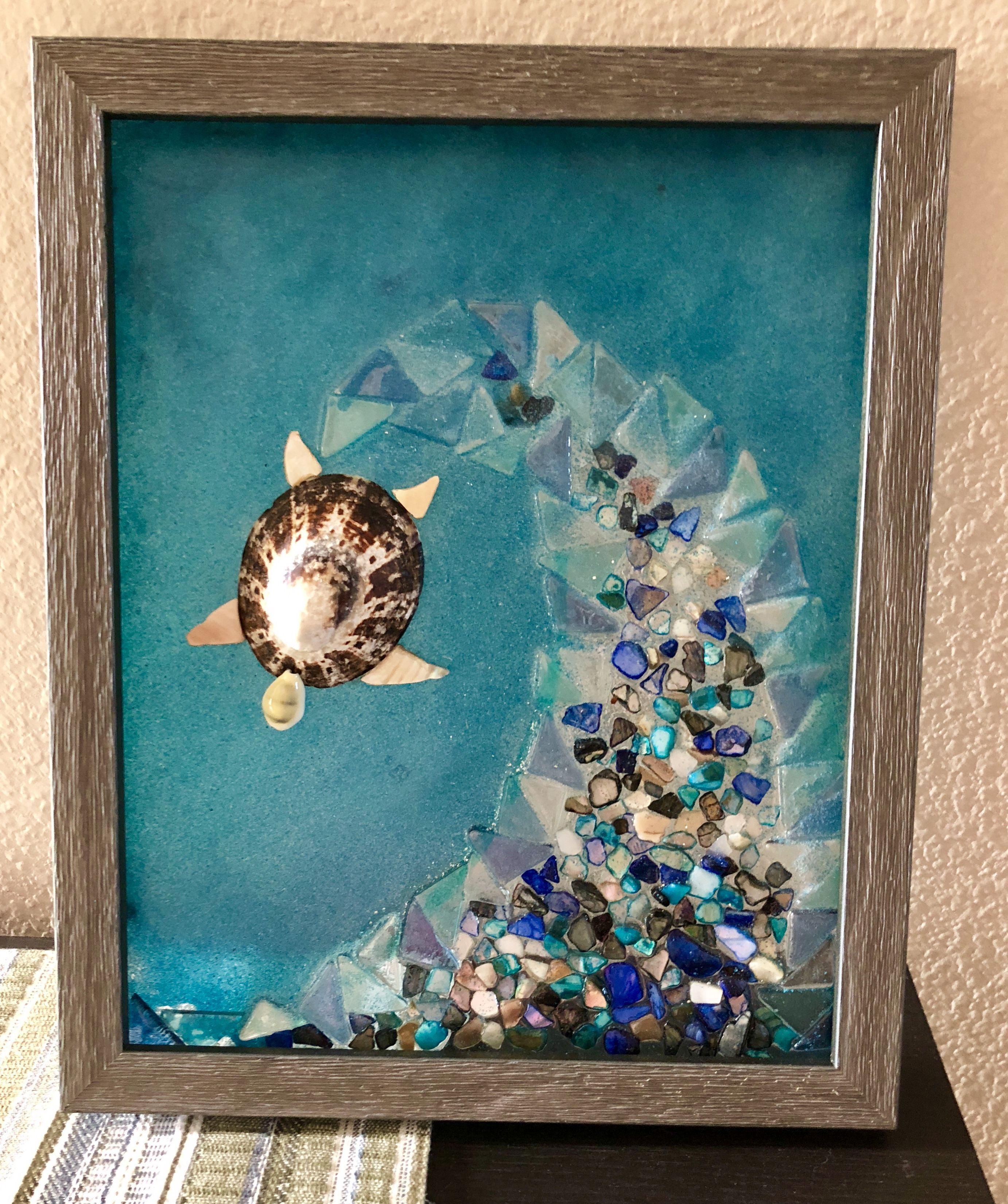 Resin Glass Art I Used Resin To Adhere Sea Glass And Colored Broken Shell Pieces To Create A Wave On Floa Glass Art Pictures Sea Glass Art Glass Art Projects