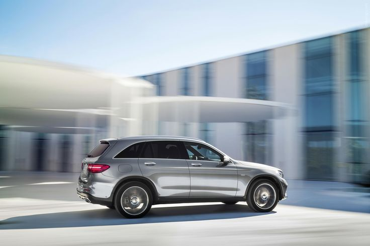 Awesome Mercedes 2017: Awesome Mercedes 2017: Фото › 2016 Mercedes-Benz GLC Car24 - World Bayer... Car24 - World Bayers Check more at http://car24.top/2017/2017/08/22/mercedes-2017-awesome-mercedes-2017-%d1%84%d0%be%d1%82%d0%be-2016-mercedes-benz-glc-car24-world-bayer-car24-world-bayers-2/
