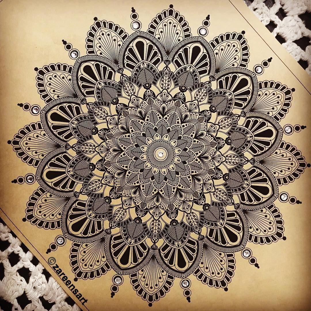 654 Likes 24 Comments Zareen S Art Zareensart On Instagram Limited Edition Mandala Prints On Kraft Paper Mandala Artwork Mandala Drawing Mandala Doodle