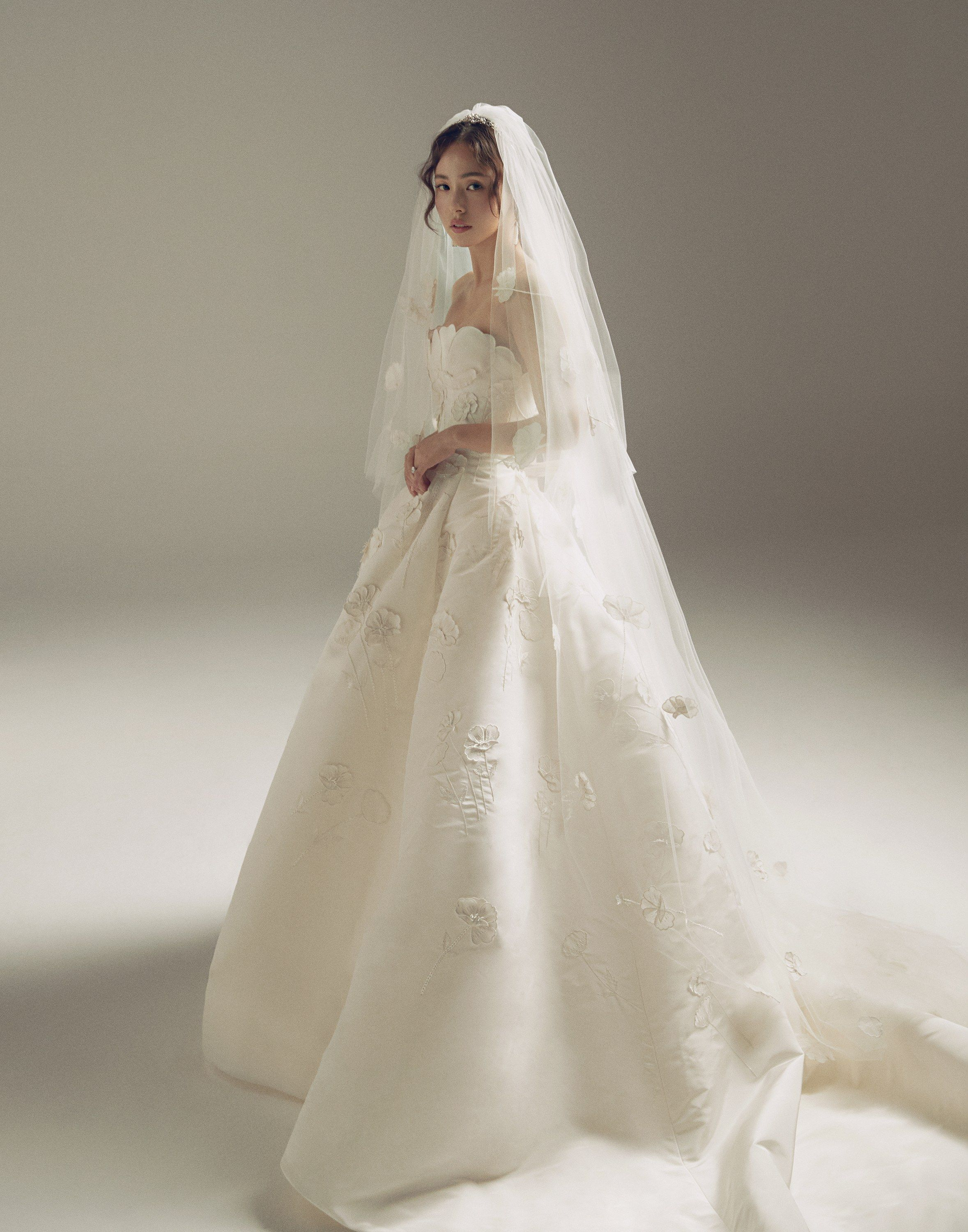 Is This The Most Iconic K Pop Wedding Dress Of All Time In 2020