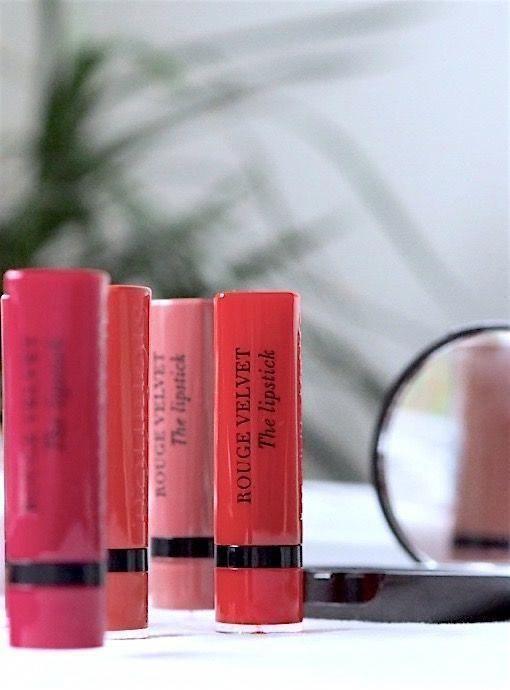 Fine lipsticks for fair skin - -