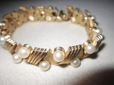 BEAUTIFUL CROWN TRIFARI FAUX PEARL & RHINESTONE BRACELET JAZZY