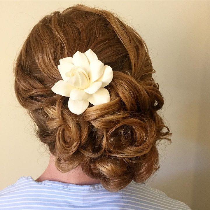 Updo Wedding Hairstyle | fabmood.com #weddinghair #bridalhair #hairstyle #updo #upstyle #braidupdo #hairstyleideas #hairstyles #bridalhairstyle #weddinghairstyles