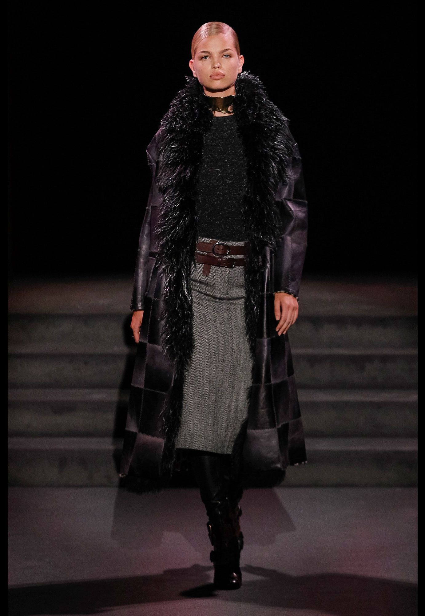 Tom Ford Fall/Winter 2016-2017 Femme Fashion Show