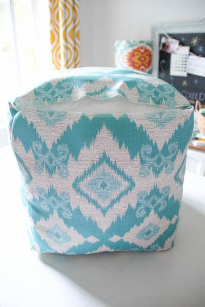 Genial How To Make A Pouf DIY Outdoor Pouf Tutorial At Thehappyhousie.com 15