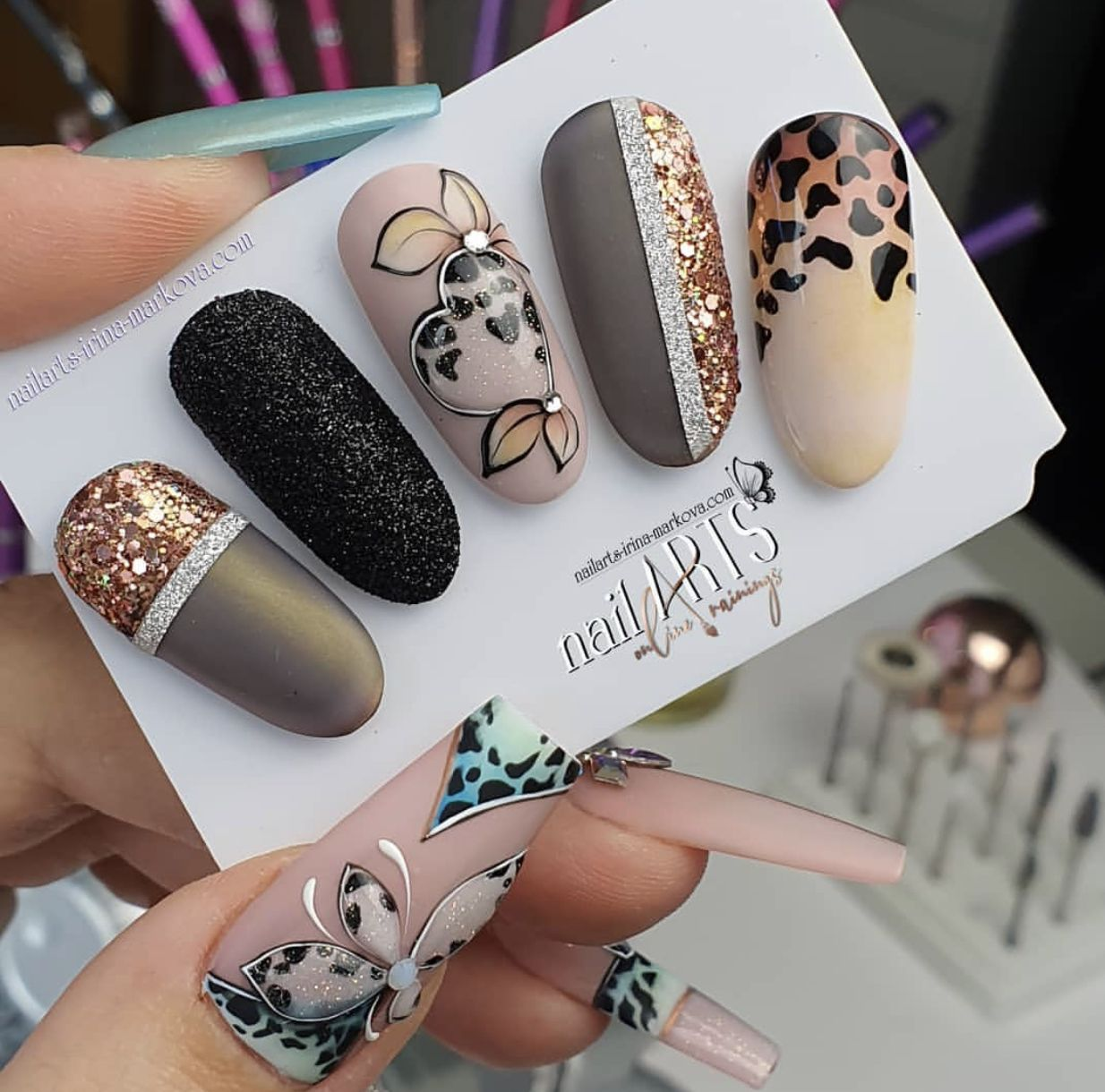 Pin By Samin On Picturi Cute Acrylic Nails Gel Nails Stiletto Nails