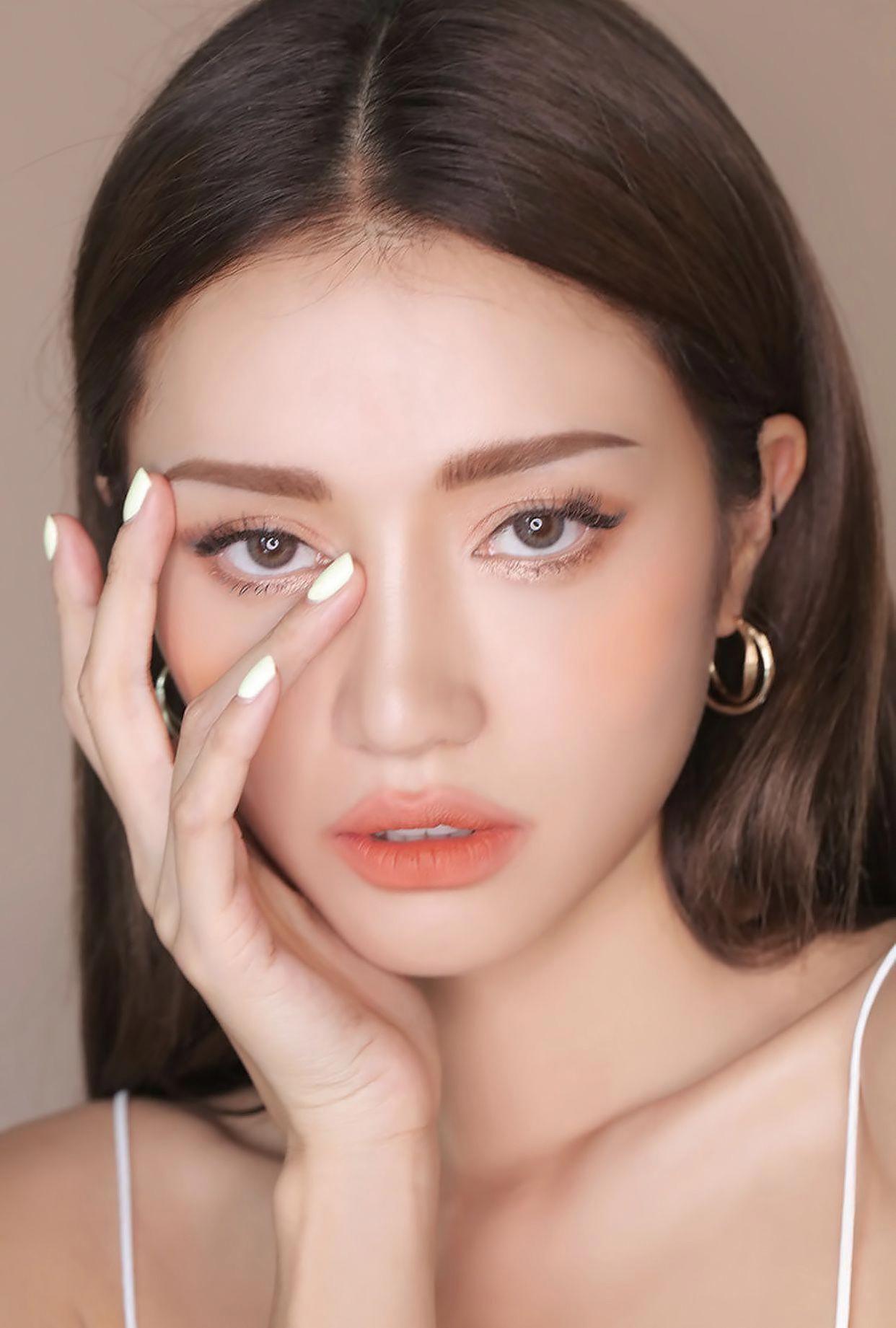 𝚙𝚒𝚗𝚝𝚎𝚛𝚎𝚜𝚝 𝚖𝚊𝚝𝚌𝚑𝚊𝚋𝚞𝚗 Eyemakeup Fall makeup trend, Peach