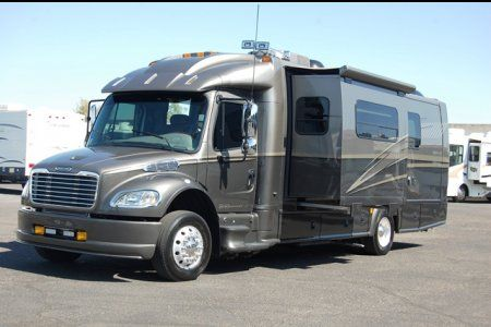 Dynamax Check It Out Rv For Sale Motorhome Travels Mini Motorhome