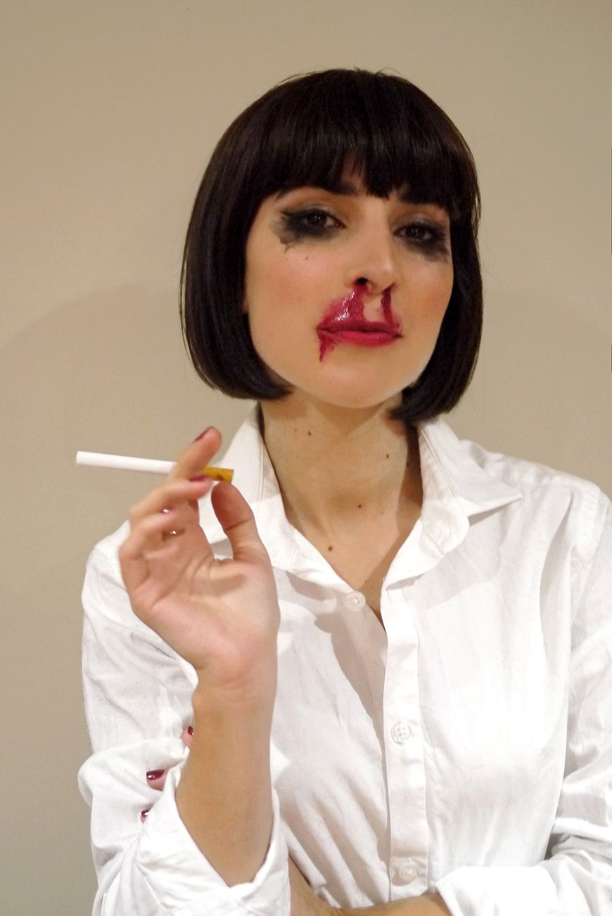 my mia wallace costume for halloween night d guisement. Black Bedroom Furniture Sets. Home Design Ideas