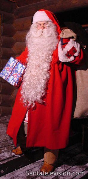 Joulupukki ja joululahja