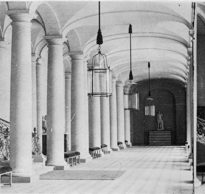Grand vestibule, Chateau de Compiegne