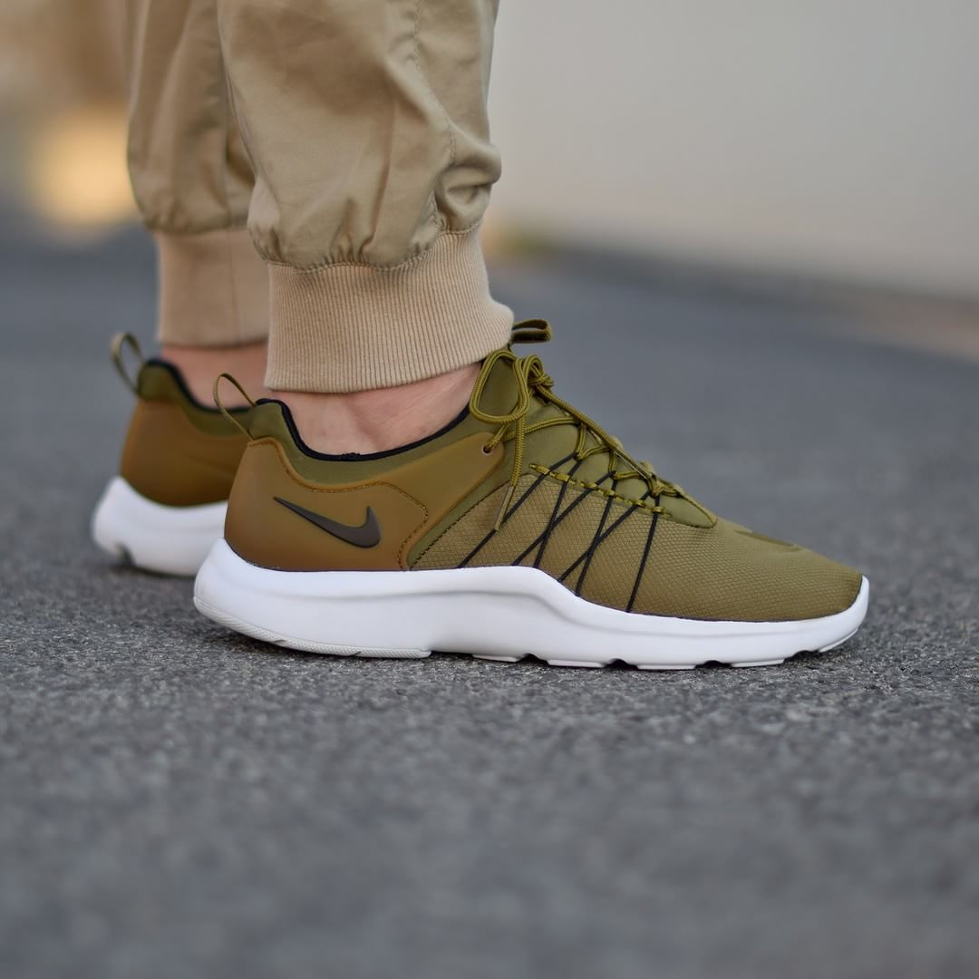 new arrivals b7255 602ef Nike Darwin Olive . Disponible Available   SNKRS.COM