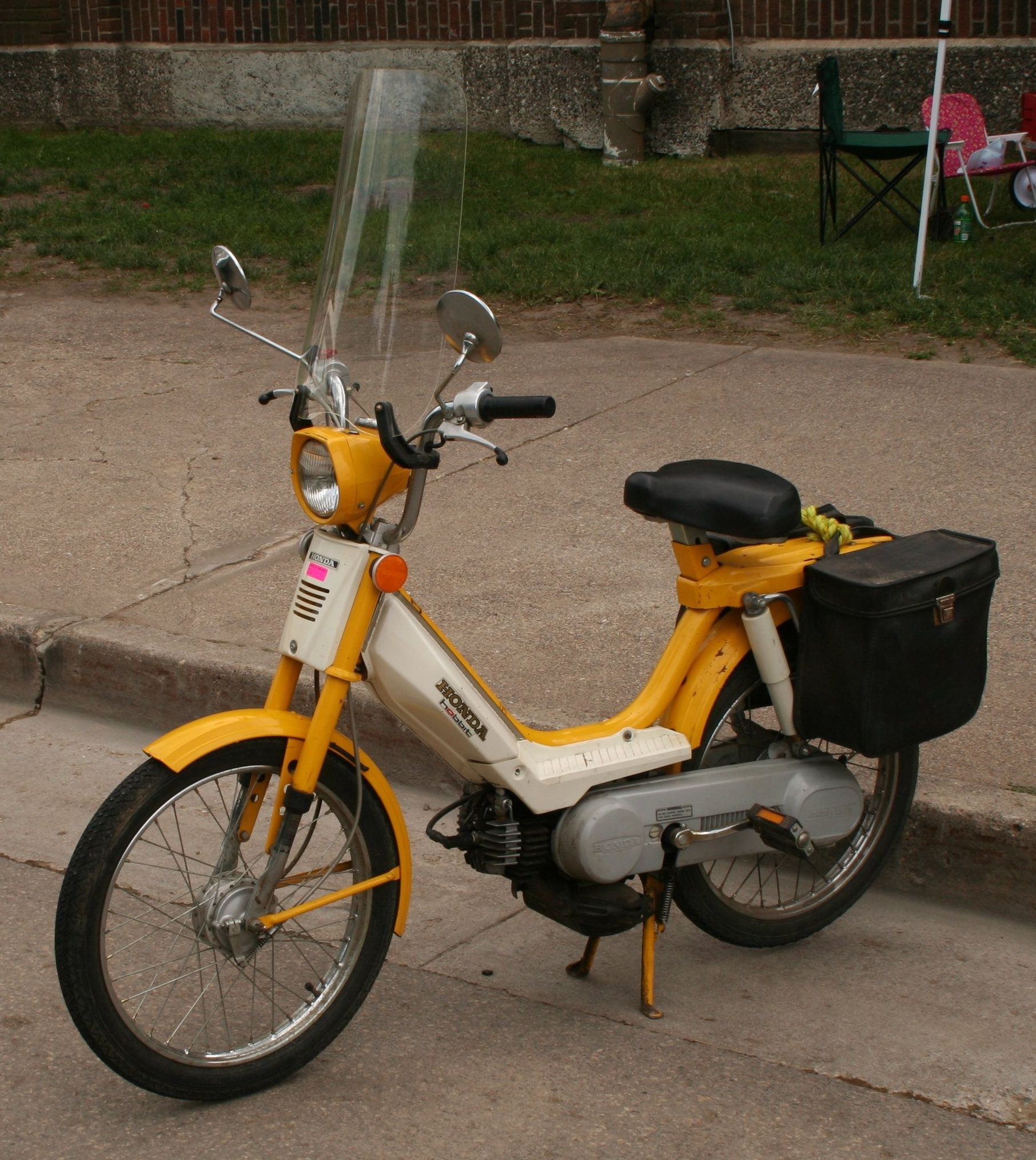 Old Mopeds Google Search Moped Vintage Moped Honda C70
