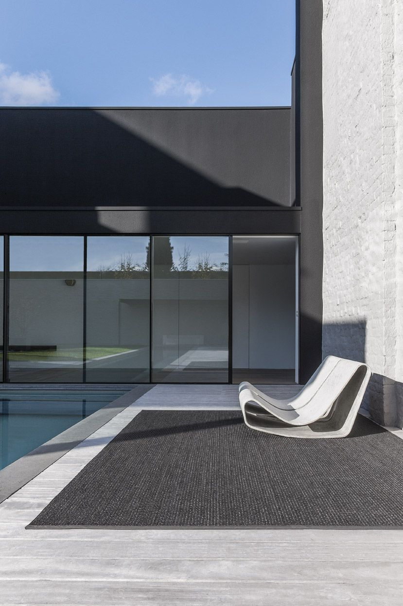 Oudoor Chair And Poolside Black Ink Carpet By Belgian Company  # Muebles Majestic Tijuana