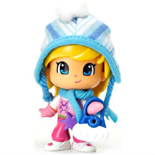Кукла Пинипон в зимней одежде в блистере Девочка в синей ...