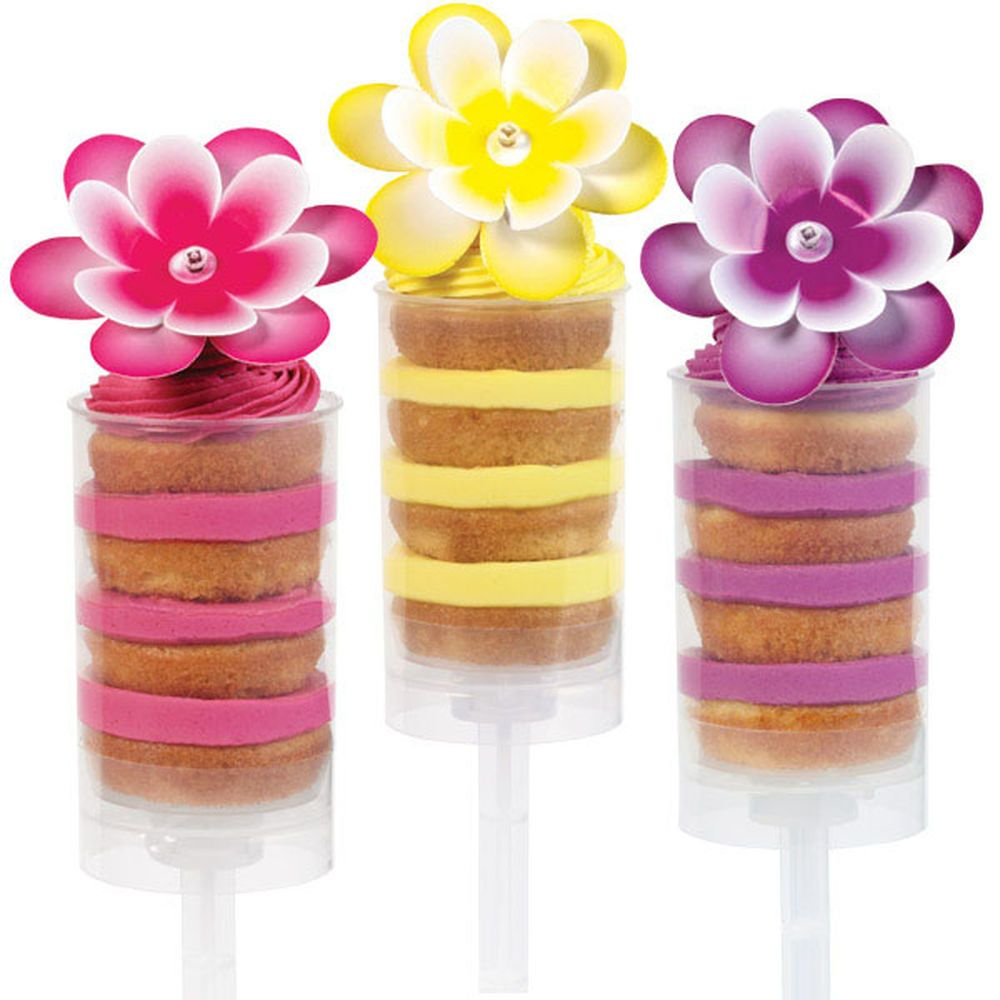 Wilton Treat Pops make the perfect dessert and guests? favors for celebrations from garden parties to bridal showers. Layers of cake and icing make these treats special and fun to eat. Just push up and enjoy your treat.