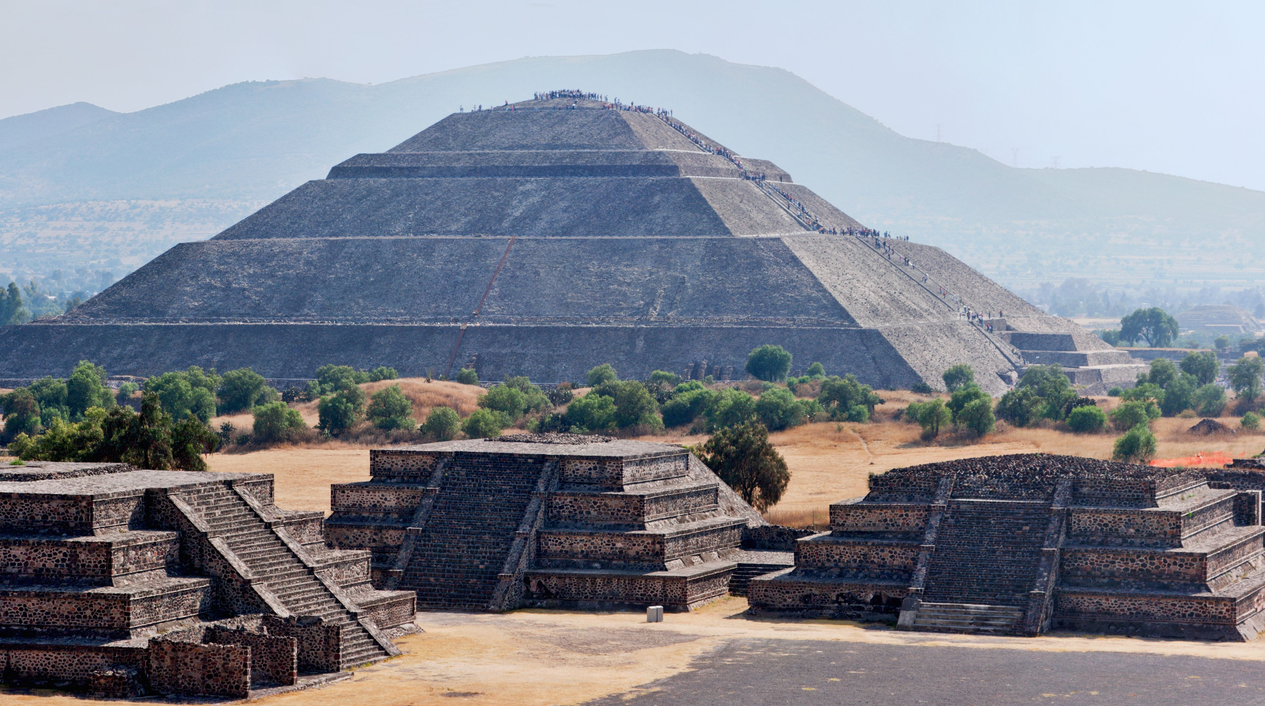 Aztec Pyramid Of The Sun Mexico Teotihuacan Teotihuacan Pyramid Mexico City Attractions
