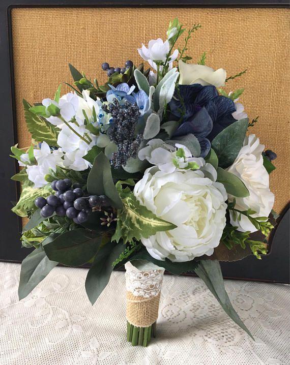 Hochzeitsstrauß, Greenery Brautstrauß, Sukkulenten Strauß, Boho Strauß, Marineblau Hochzeitsstrauß, Greenery Strauß, Seidenhochzeitsblumen   - Blumenspaß - #Blumenspaß #Boho #Brautstrauß #Greenery #Hochzeitsstrauß #Marineblau #Seidenhochzeitsblumen #Strauß #Sukkulenten #silkbridalbouquet