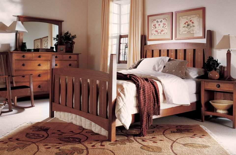 Stickley 39 S Harvey Ellis Bed With Inlay Design Toms Price Home Furnishings Stickley Mission