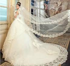 Vestido de novia princesa con cola