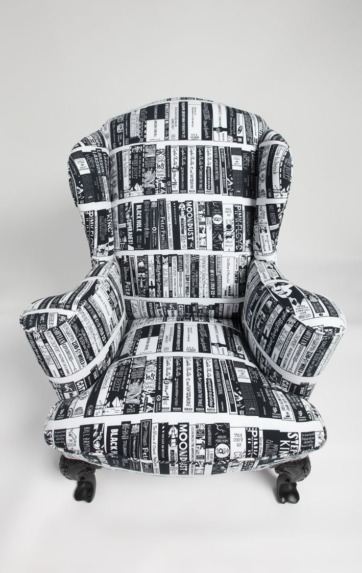 Now THIS is the perfect reading chair! http://writersrelief.com/