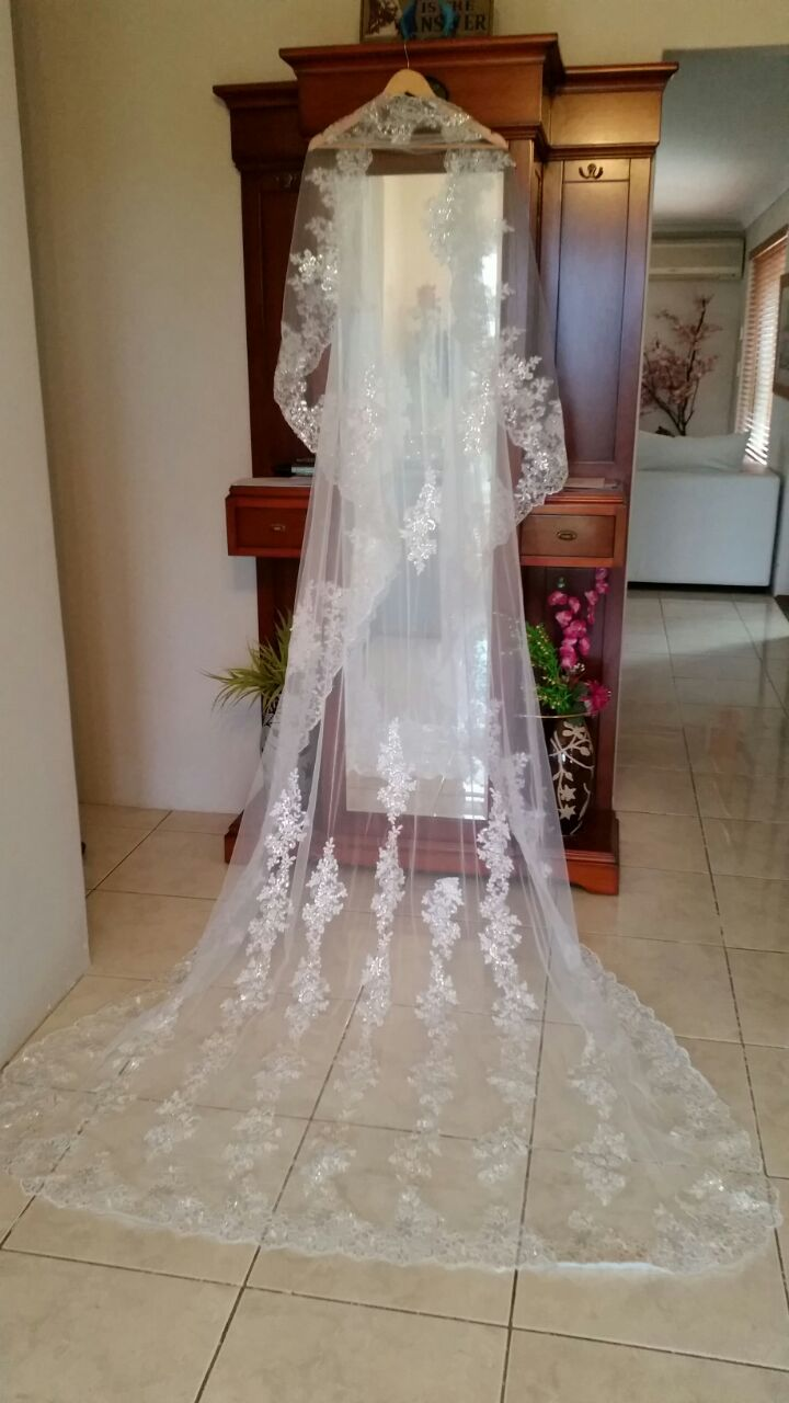 Photo of Wholesale Free Shipping 1 Layer Long Appliques Edge …
