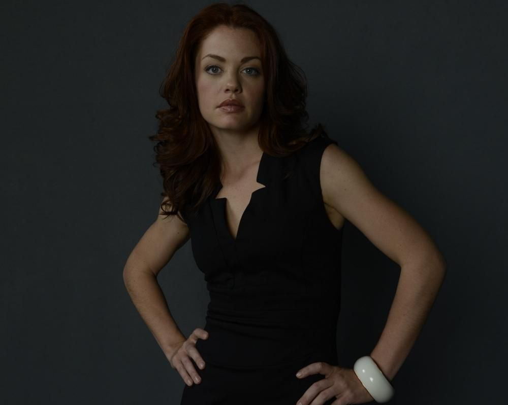 "Haven S3 Bree Williamson as ""Claire Callahan"""