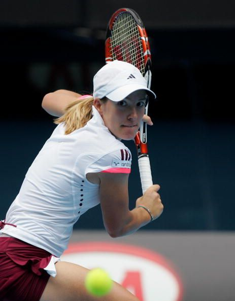 Which One Handed Topspin Backhand Grips Do The Top Male Pros Use Justine Henin Tennis Workout Sport Tennis