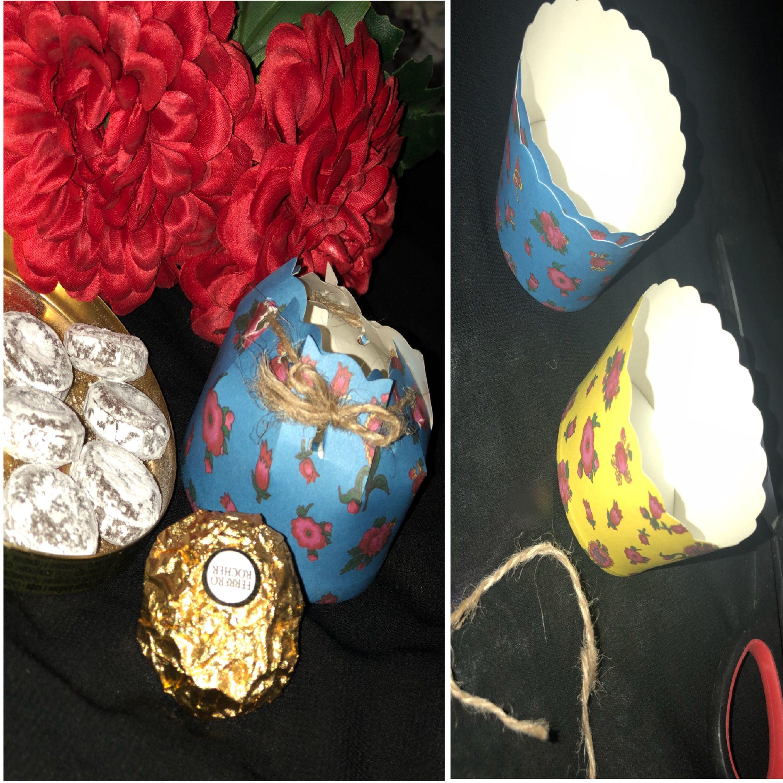 الادوات المستخدمه كوب صغير مقص شريطه Christmas Bulbs Christmas Ornaments Holiday Decor