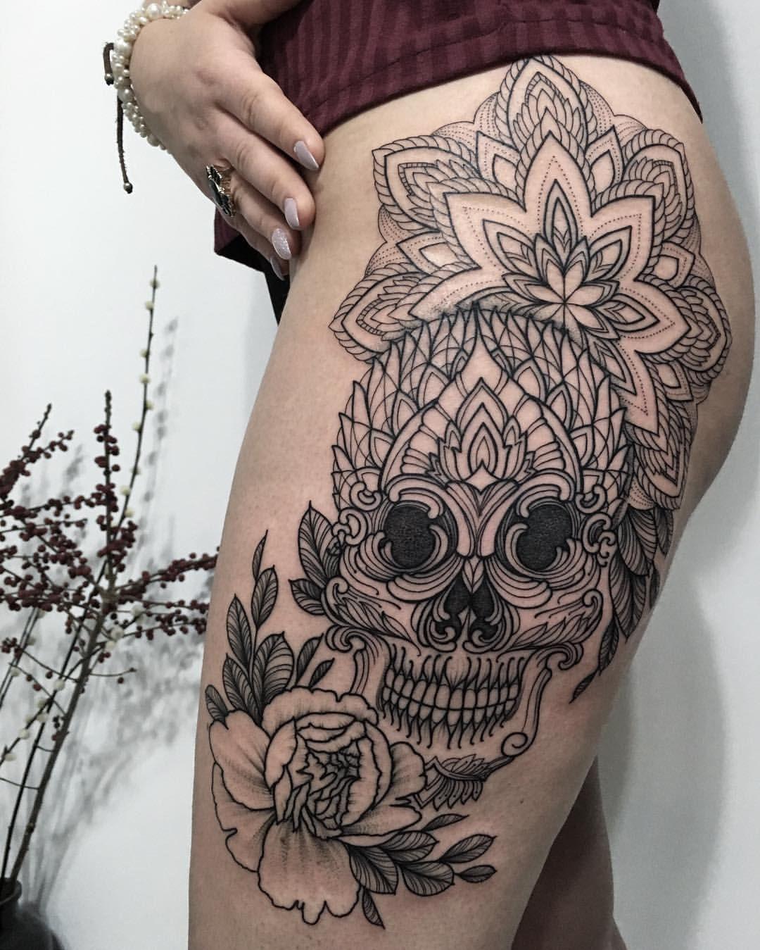 SASHATATTOOING Photo Lace skull tattoo, Back tattoo