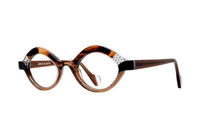 femme lunettes rencontre)