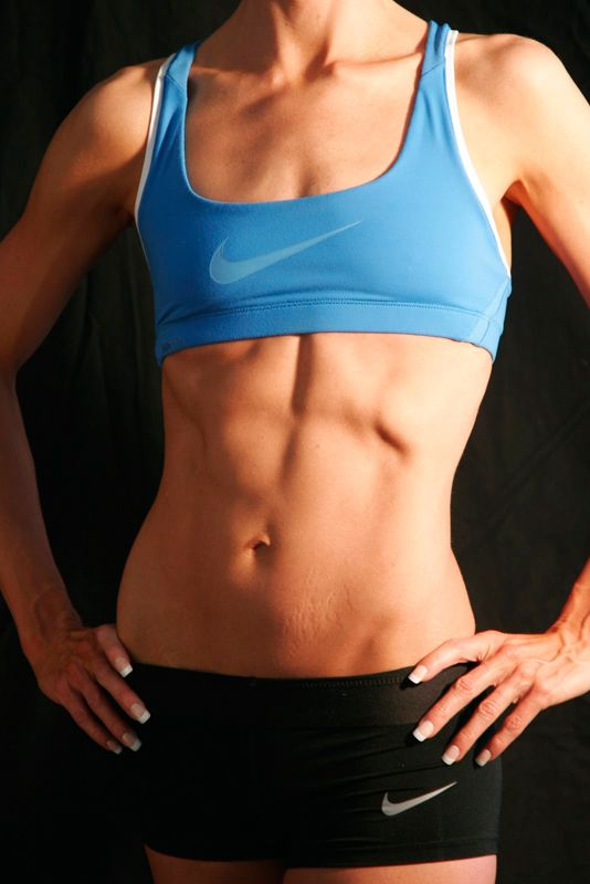 Ok, what I love about this is they didn't retouch the stretch marks. Real person, real abs, very inspiring.