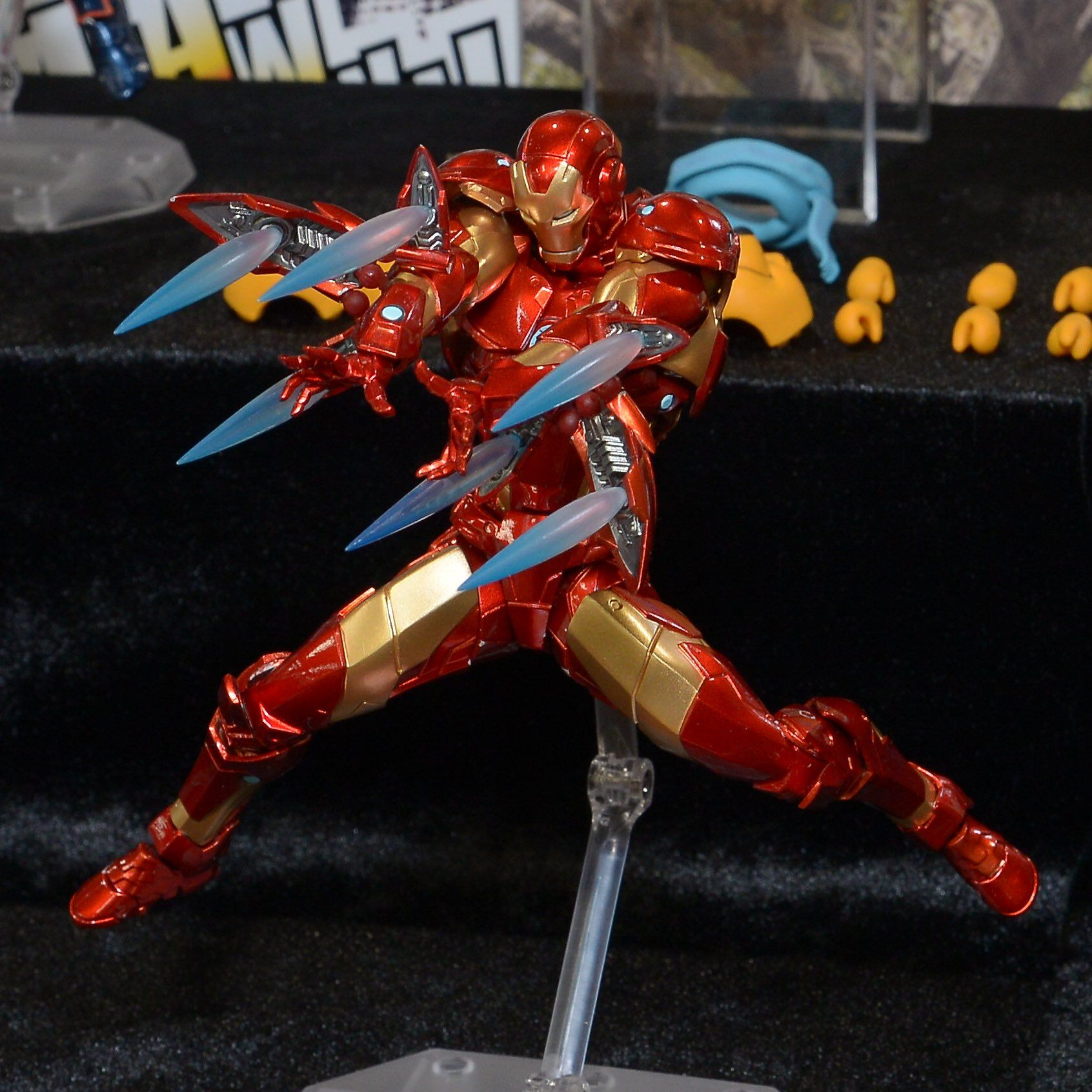 Revoltech Iron Man Mark 37 Bleeding Edge Armor The Toyark News Figura De Ação Super Herói Herois