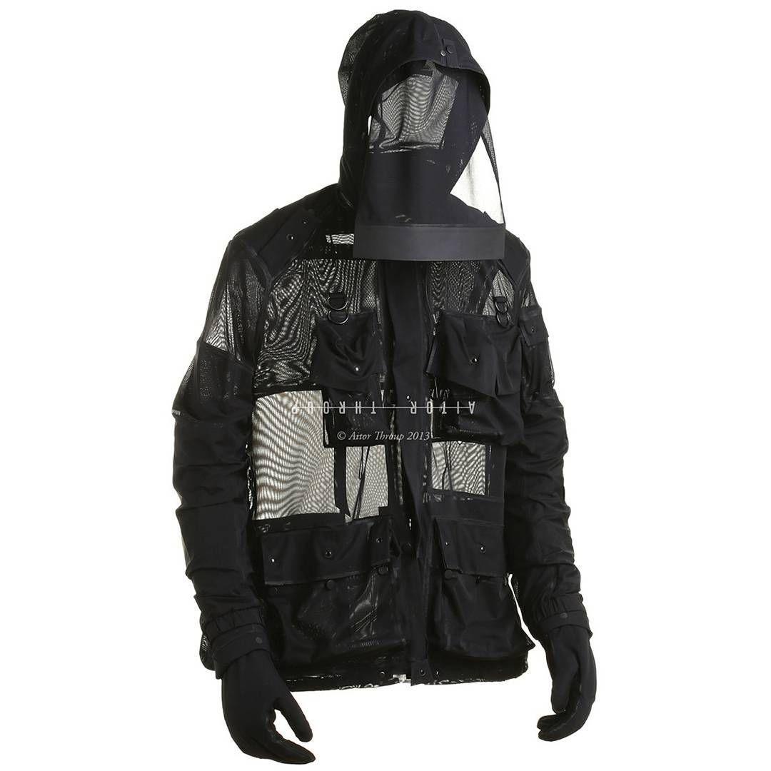 gr3yskull:  Aitor Throup #aitorthroup #style #outerwear